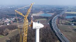 Bau einer Enercon E-115 im Bürgerwindpark Wersewind-Beckum (Kreis Warendorf, NRW) an der Autobahn A2<br /> © BBWind Projektberatungsgesellschaft mbH