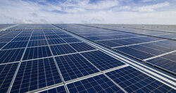 FPM Projektmanagement erects largest PV roof-top plant in Europe<br /> © Capcora