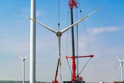 """Nachnutzung von Windenergieanlagen –Deutsche WindGuard Partner im Forschungsprojekt """"TransWind"""".<br /> © Deutsche WindGuard / Andreas Neßlinger – stock.adobe.com"""