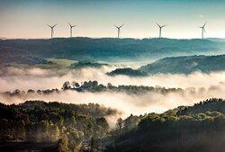 Gunnarby wind farm in Sweden: Deutsche Windtechnik provides maintenance for eight Siemens SWT 2,3 DD turbines.<br /> © Wallenstam / perpixel.se