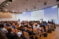 Christiane Lohse vom Umweltbundesamt referierte über die Bedeutung der Geothermie für die Erreichung der Klimaziele beim Praxisforum 2018.<br /> © ENERCHANGE GmbH & Co. KG