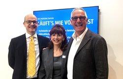 Die Zusammenarbeit ist offiziell besiegelt: Dr. Felix Bübl, Ulrike Ließ und Peter Bolz (von links)<br /> © ENERTRAG Windstrom GmbH
