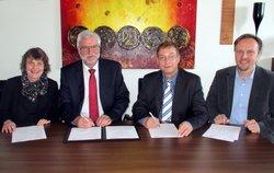 Ostfalia Hochschule und ENERTRAG WindStrom GmbH unterzeichnen Kooperationsvertrag<br /> © ENERTRAG WindStrom GmbH / Ostfalia Hochschule für angewandte Wissenschaften