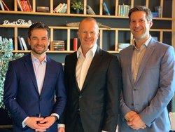 Robert van de Sandt (neuer GF), Bert Heinrich (alter GF), Mischka Stollner (neuer GF)<br /> © ENLITE Management und Engineering GmbH