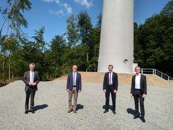 Dr. Müller, BM Seel, Dr. Roll, Björn Wenzlaff (v.l.n.r.)<br /> © Windwärts Energie GmbH