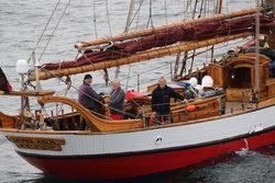 """Arved Fuchs und seine Crew erreichen mit der """"Dagmar Aaen"""" den Offshore Windpark Butendiek.<br /> © Bildnachweis Arved Fuchs Crew"""