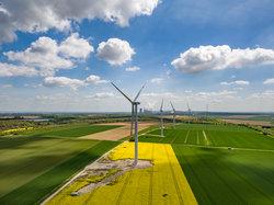 Aktuell werden auf dem Testfeld der windtest grevenbroich gmbh sieben unterschiedliche Windenergieanlagen vermessen.<br /> © windtest grevenbroich gmbh